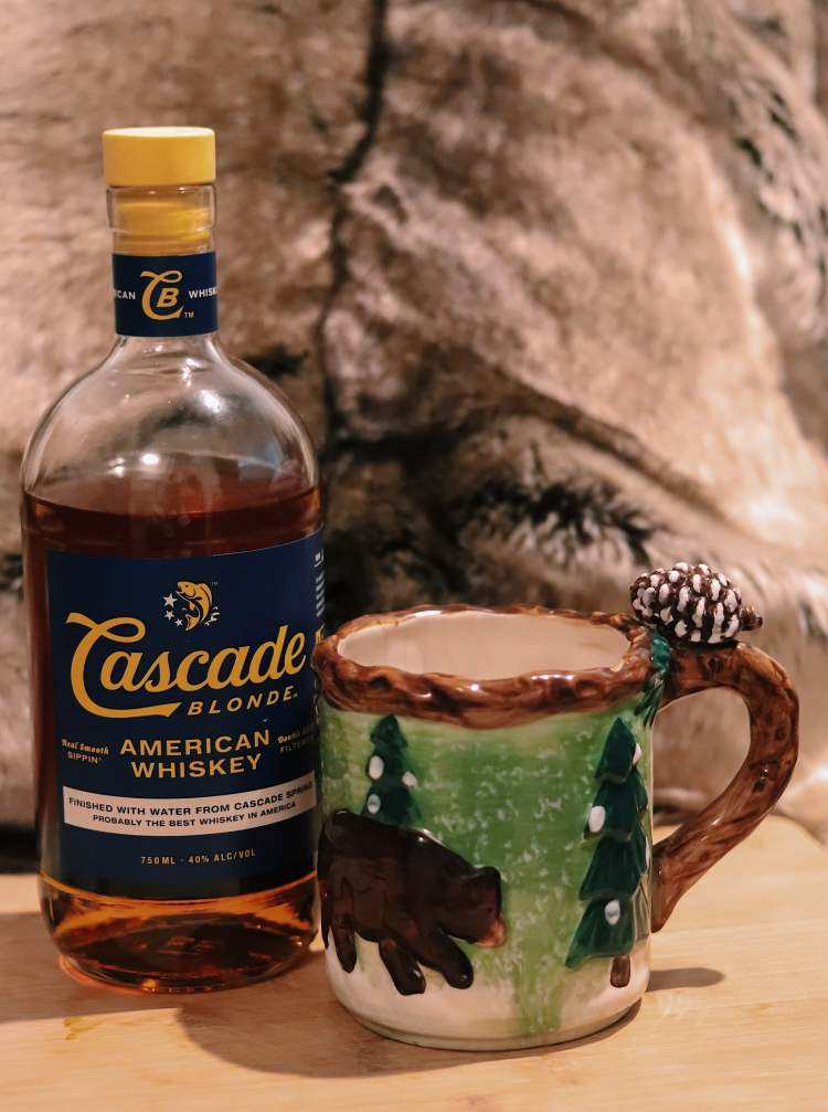 The Best Winter Whiskey Drinks - hot toddy