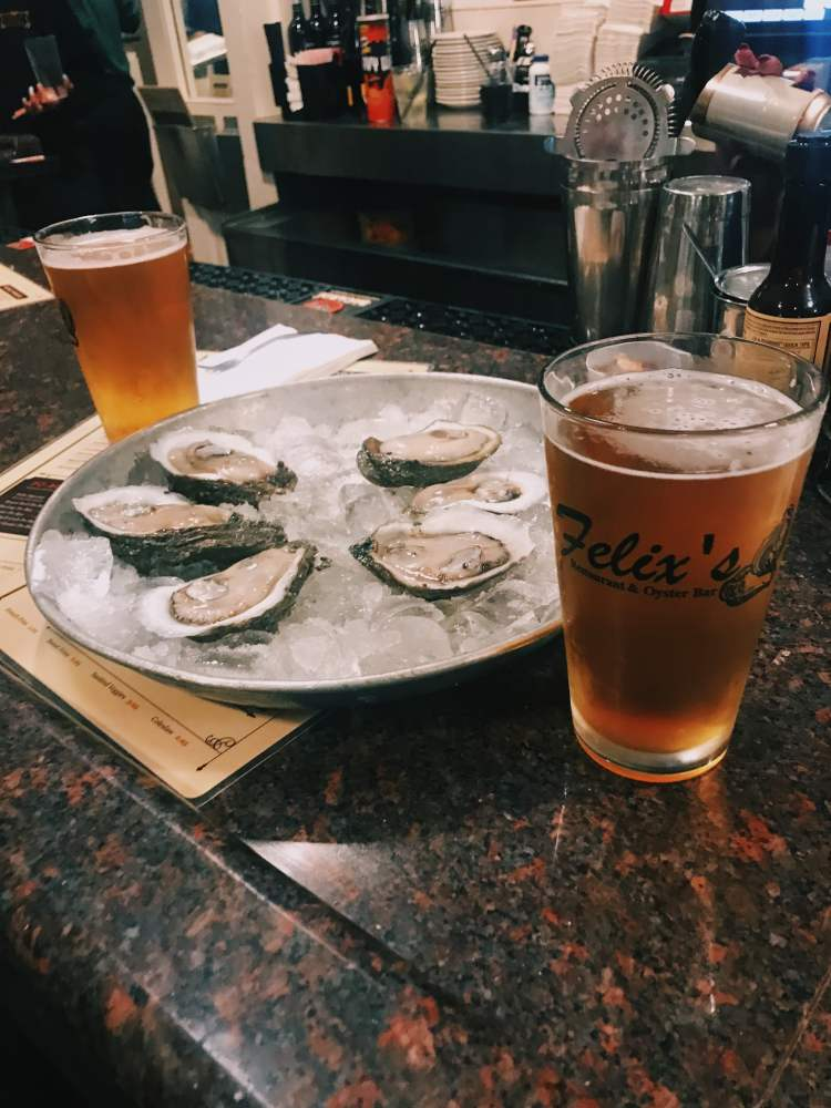 The Best 48 Hour New Orleans Itinerary - Felix Oyster Bar