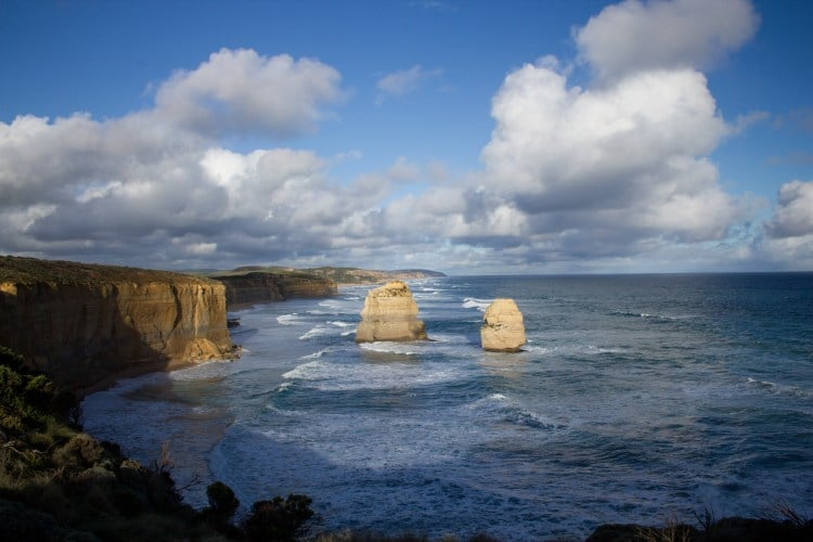 the-great-ocean-road-1-day-tour-12-apostles