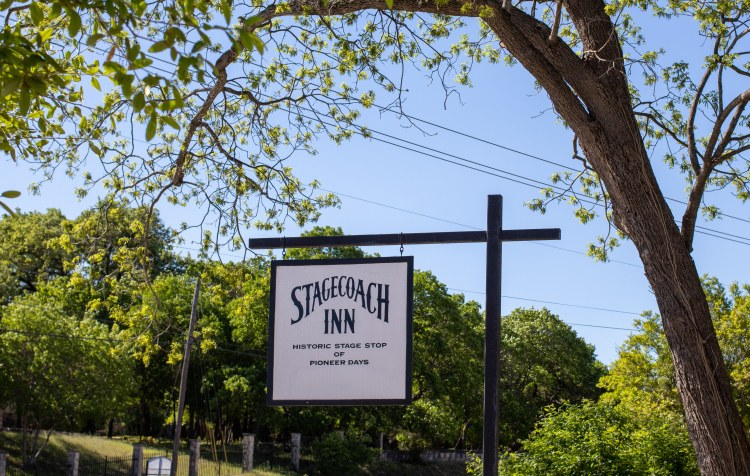 Staying at Stagecoach Inn Salado