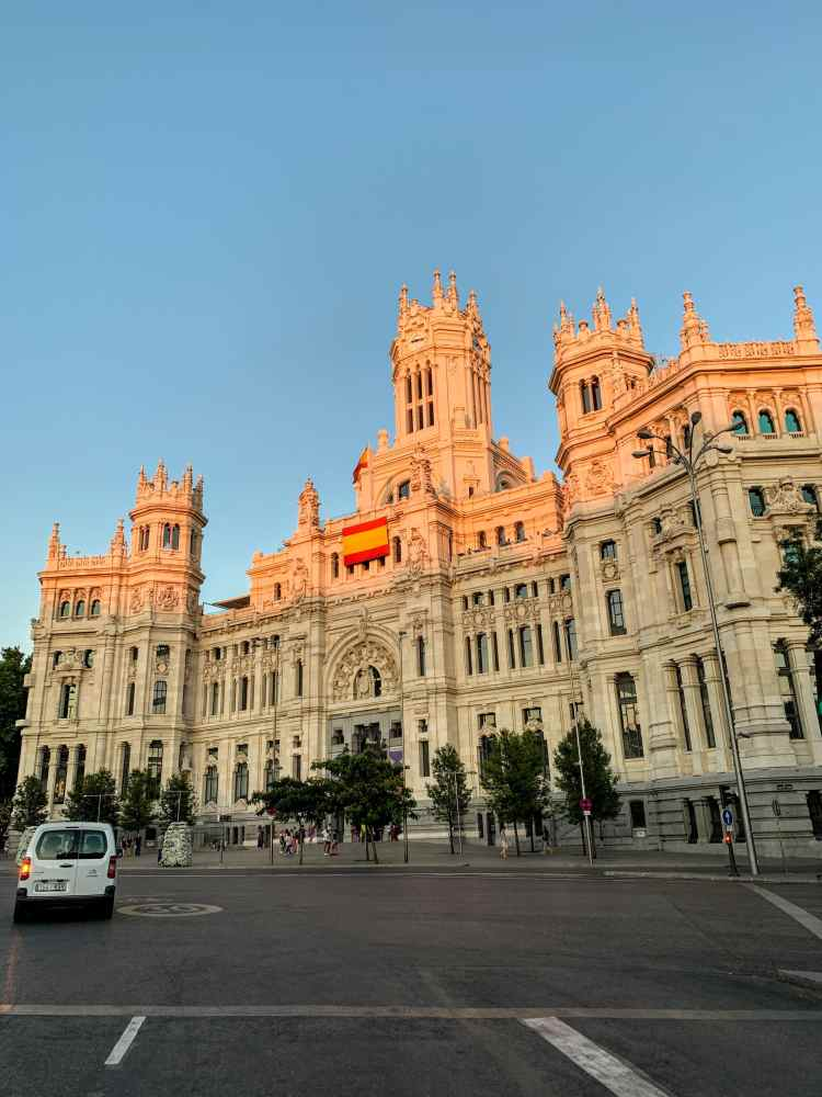 What to see in Madrid - Plaza de Cibeles