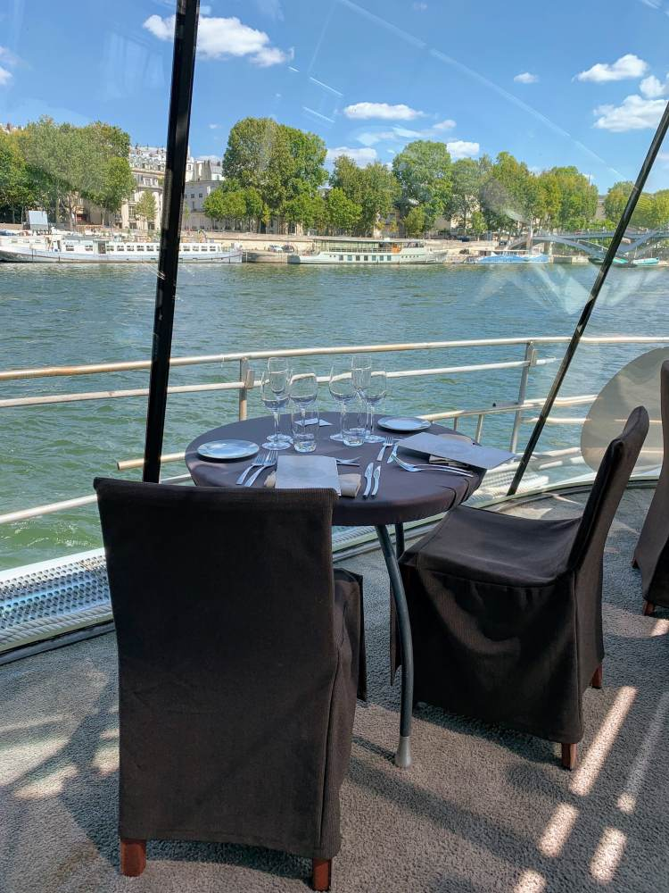 Bateaux Parisiens Seine River Scenic Lunch Cruise Premier Service Seating