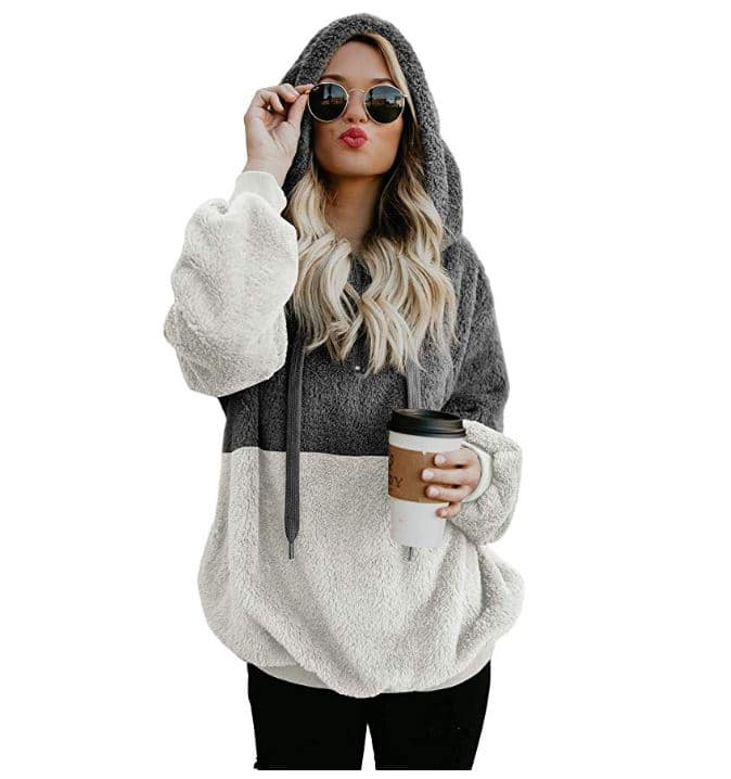 Fall Travel Must Haves: cozy sweatshirt