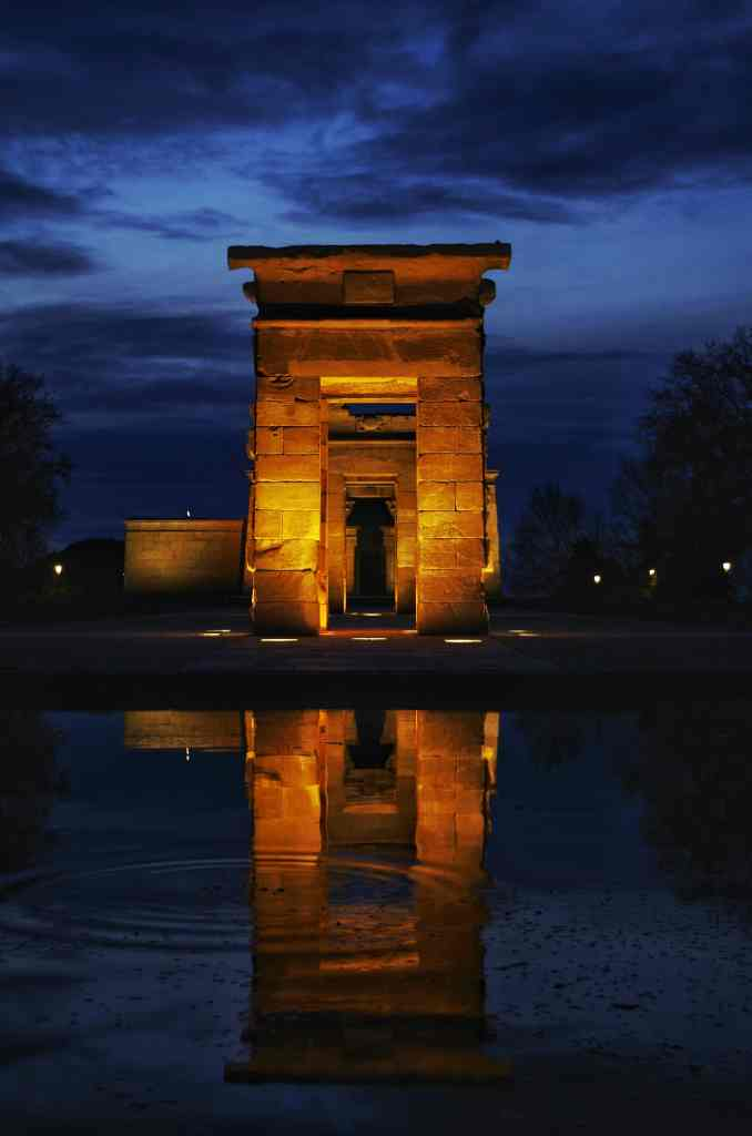 How to have an awesome Weekend in Madrid - temple of debod