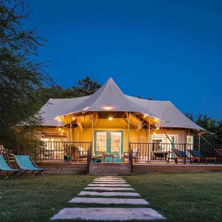glamping tent at Wahwahtaysee