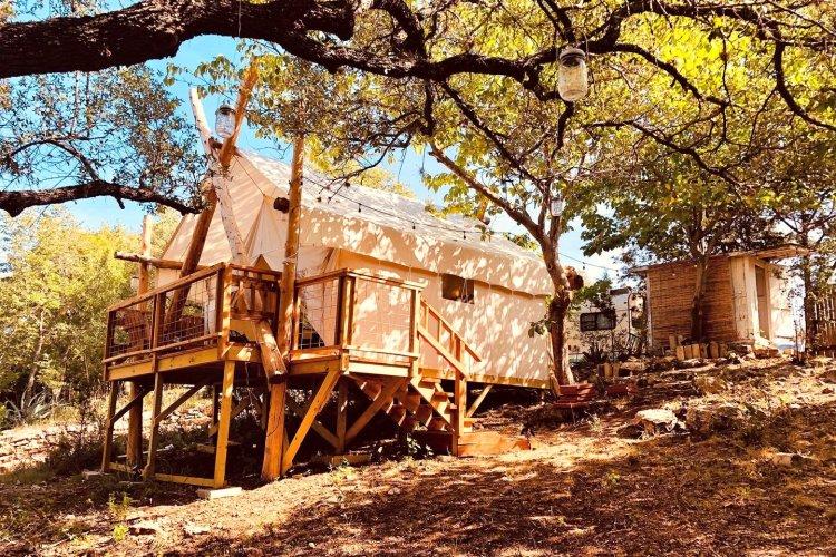 romantic glamping safari tents