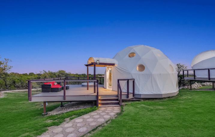 Eco Glamping Pods near Austin