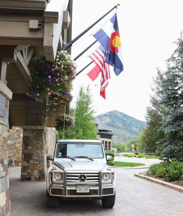 Four Seasons Vail Mercedes SUV for Guests