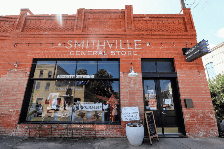 Smithville General Store - Road trip stop