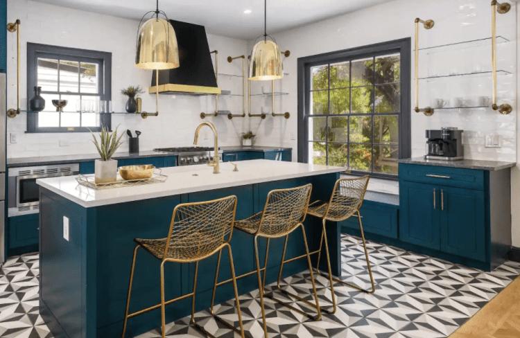austin airbnb kitchen