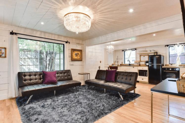 pig parlour airbnb in Austin