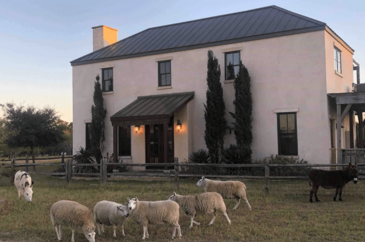Villa Airbnb - Texas Hill Country