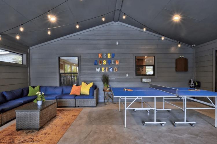 CASA VILLA Airbnb Patio fro bachelorette Parties in Austin