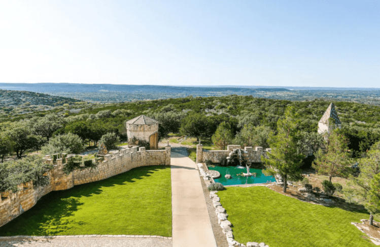Castle Falkenstein - castle you can rent in Texas