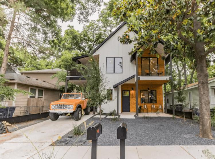Bachelorette Party Airbnb Austin