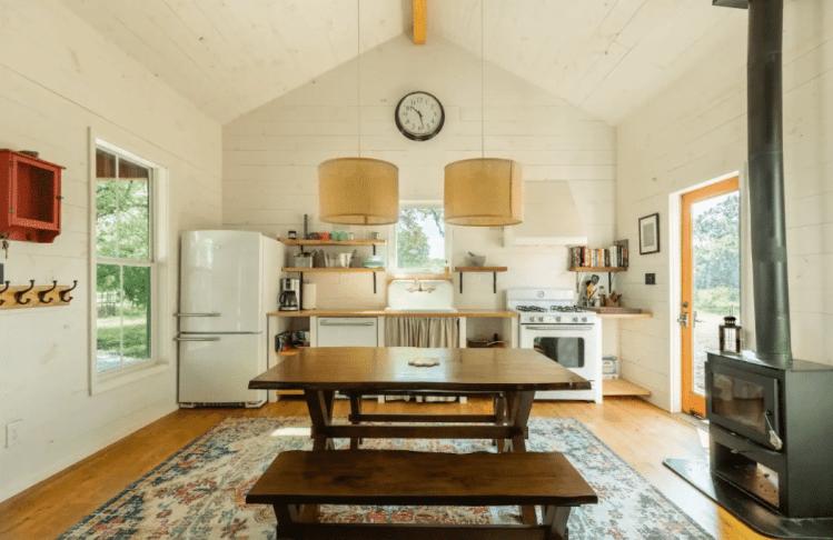 naturalist cabin airbnb Texas