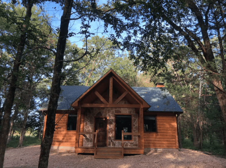 Cabin Rental in Wills Point Texas