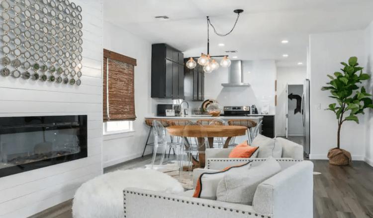 Riddel Haus Airbnb