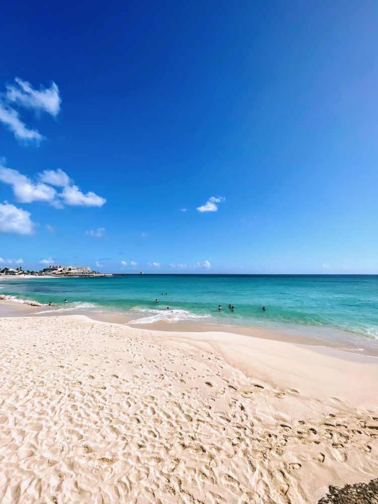 Maho Beach at Sonesta Ocean Point
