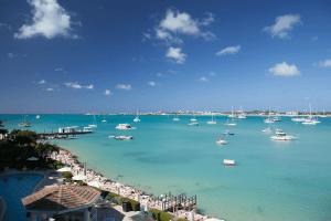 St. Maarten Packing list for Men - Printable + Customizable