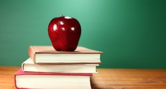 Apple shiny teacher byshutterstock 555