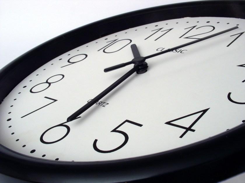 clock-705672_1920