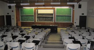 800px stony brook university engineering building   lecture hall