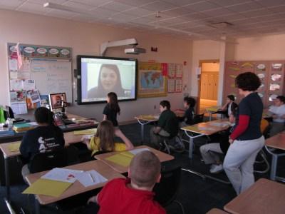 Visual class discussion in grade school