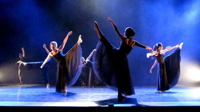 This image shows the Dance Ensemble performing.
