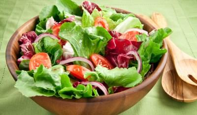 Fresh salad in bowl