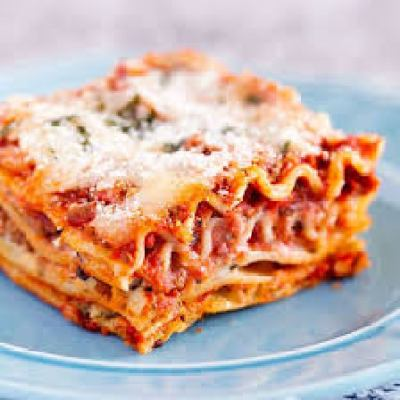 lasagna serving