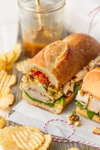 teriyaki-chicken-cobb-salad-sub-sandwich serving