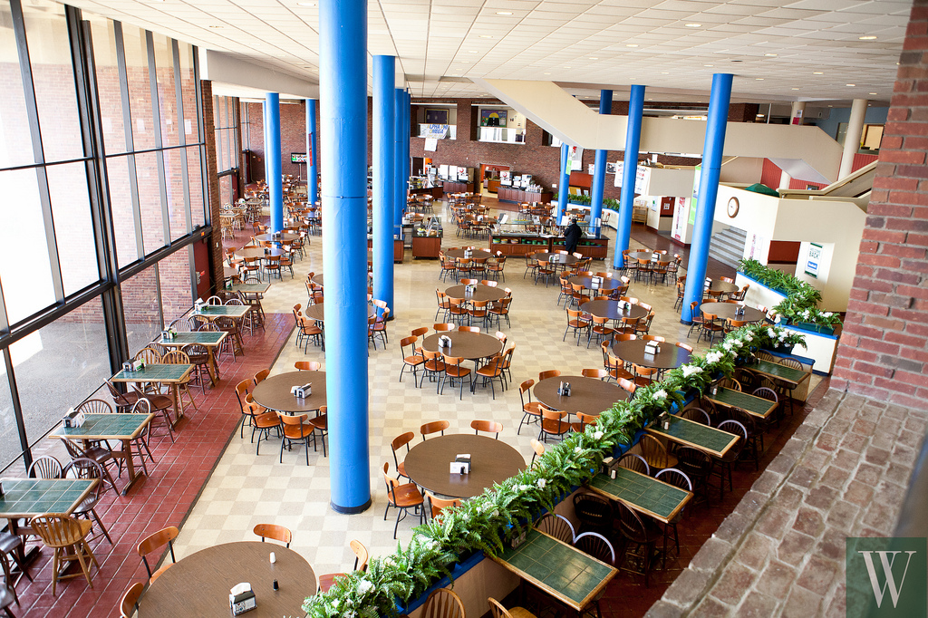 Restaurant and Cafes for Students at College of Staten Island