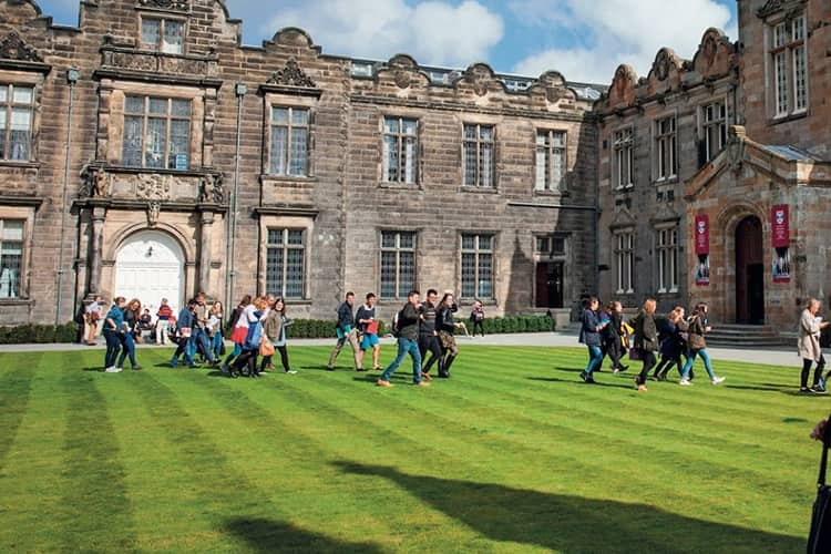 Jobs for Students at the University of St. Andrews