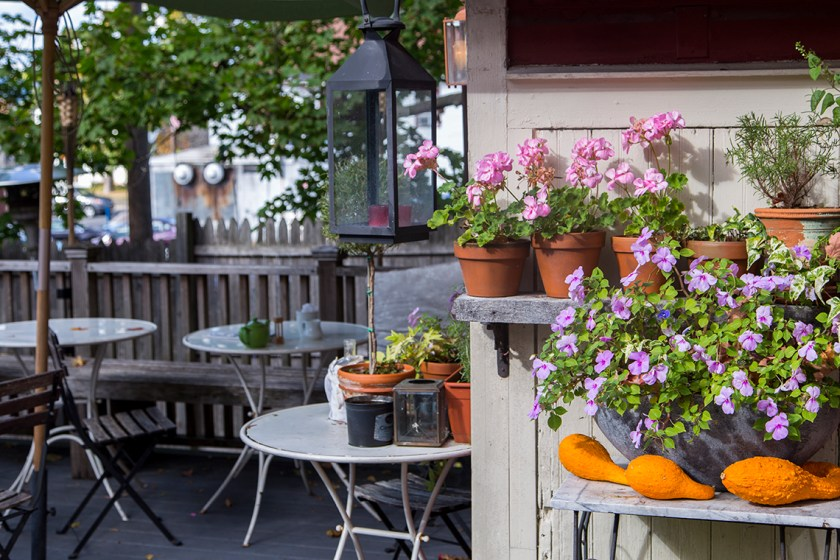 outside seating and flowers