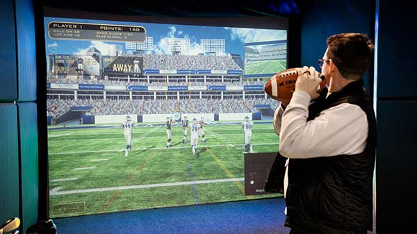 virtual quarterback topgolf
