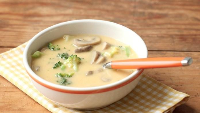 Homemade Cheddar Mushroom Soup