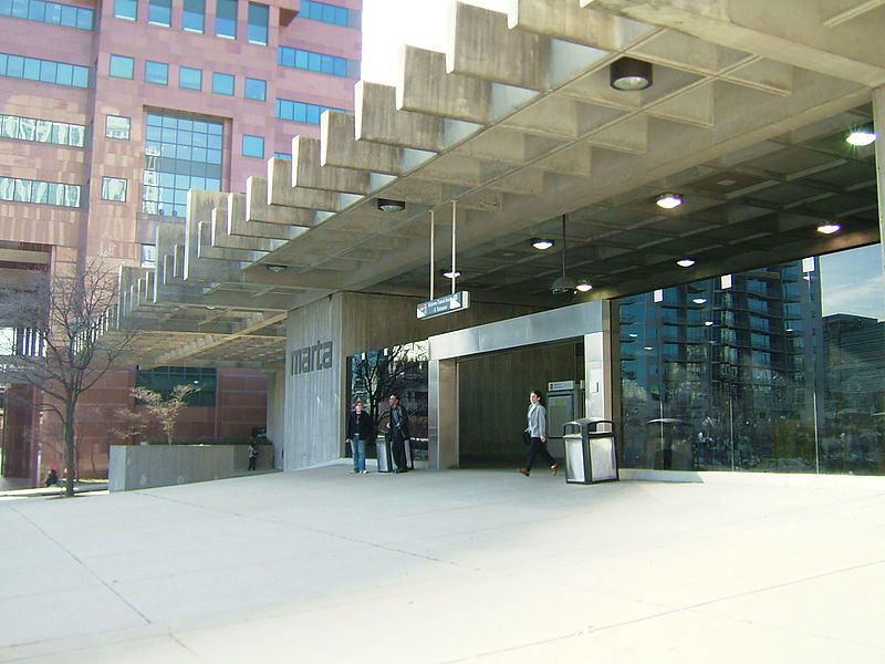 """Midtown MARTA Station - Peachtree Place entrance"" by DeKalb at en.wikipedia. Licensed under CC BY-SA 3.0 via Commons - https://commons.wikimedia.org/wiki/File:Midtown_MARTA_Station_-_Peachtree_Place_entrance.jpg#/media/File:Midtown_MARTA_Station_-_Peachtree_Place_entrance.jpg"