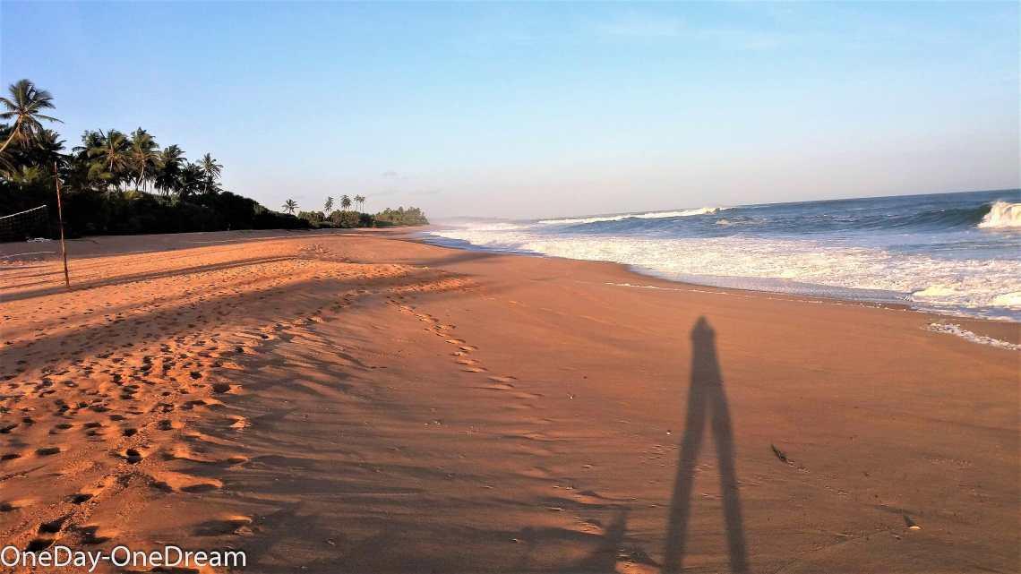 shiva-beach-cabana-sea-morning