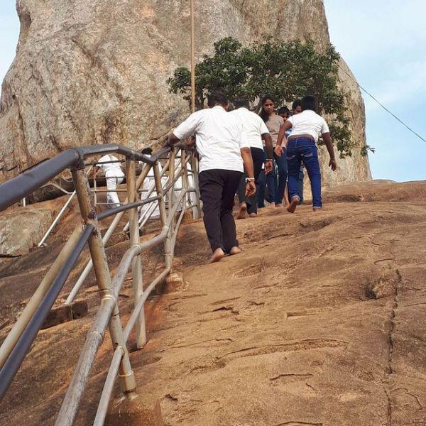 climb-mihintale