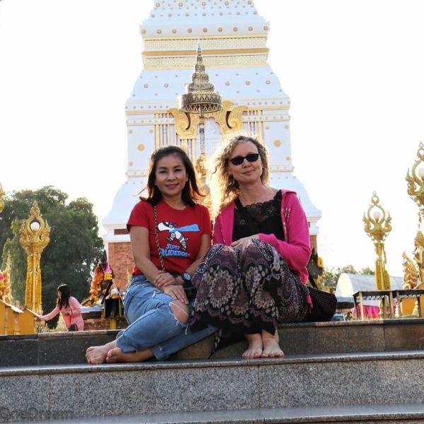 thai-friend-in-isan