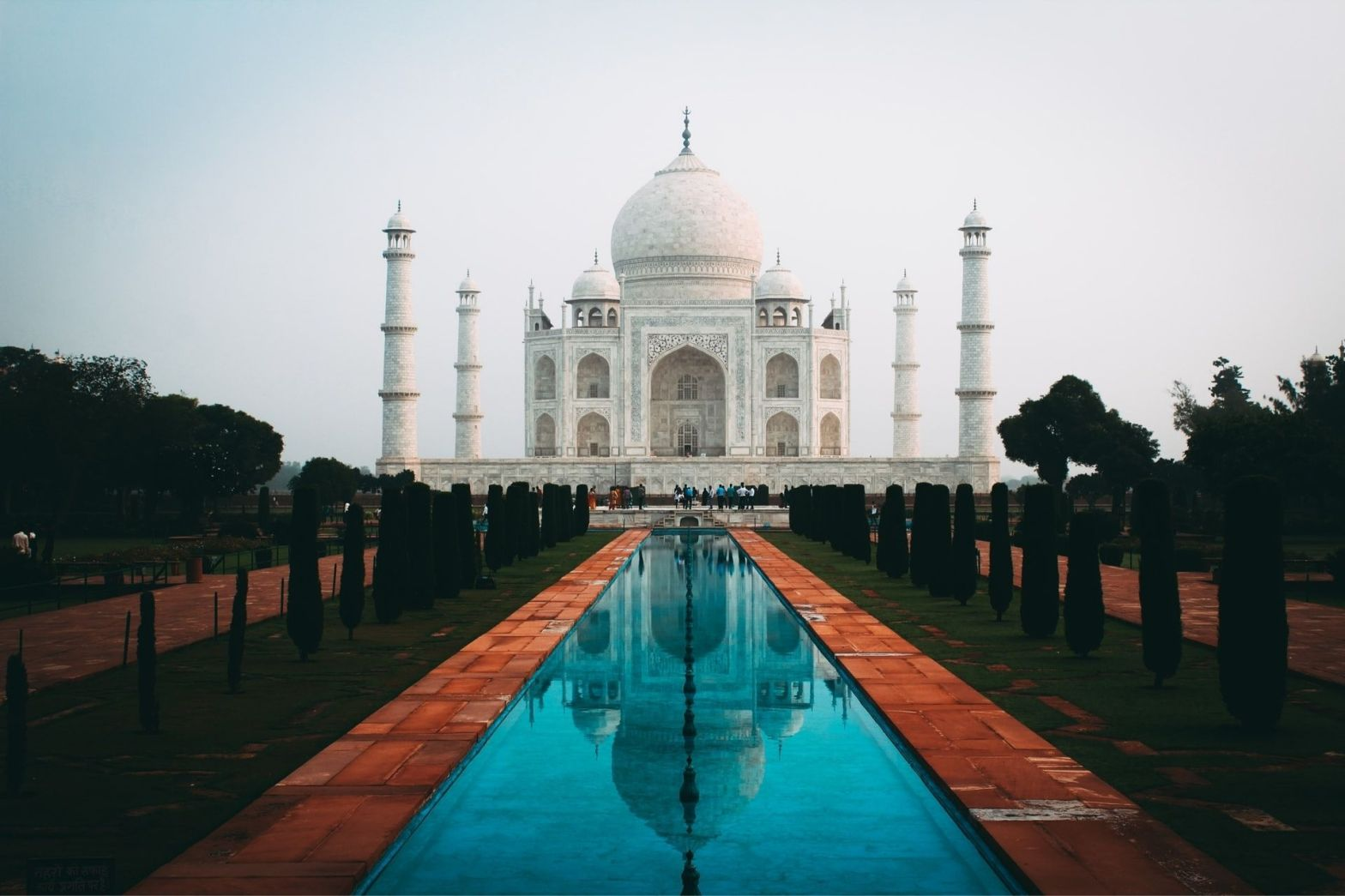 One Day Agra and Fatehpur Sikri Sightseeing Trip by Car Header
