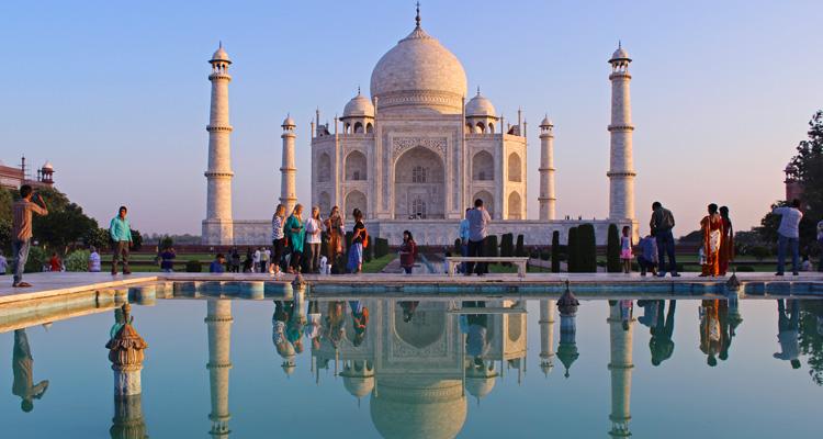 One Day Agra and Fatehpur Sikri Sightseeing Trip by Car Taj Mahal