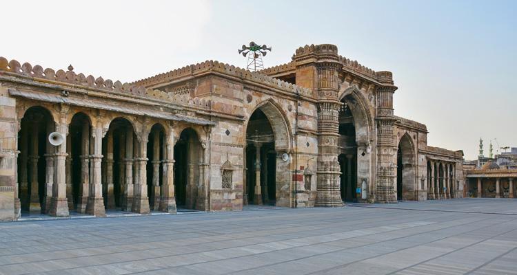 One Day Ahmedabad Local Sightseeing Trip by Car  Jama Masjid