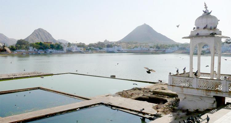 One Day Ajmer & Pushkar Local Sightseeing Trip by Car Pushkar Lake