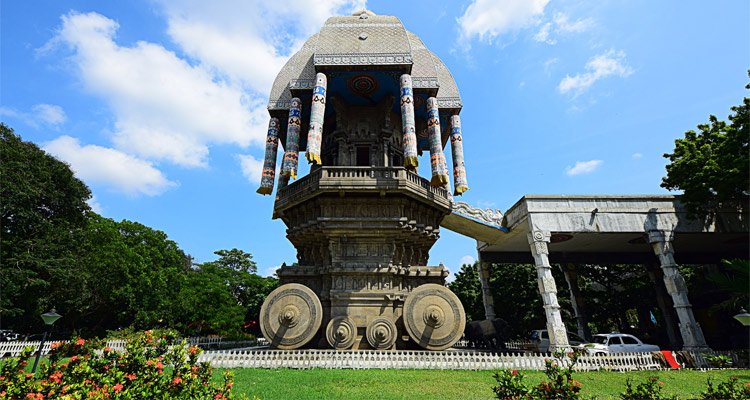 One Day Chennai Local Sightseeing Trip by Car Valluvar Kottam