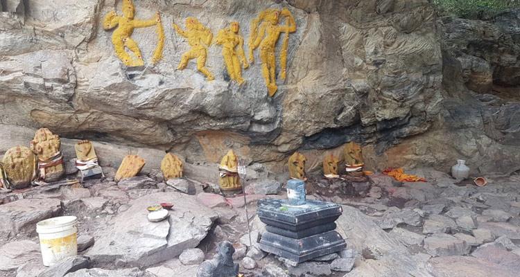 One Day Chennai to Kalhasti Trip by Car Chaturmurkeshwar Temple