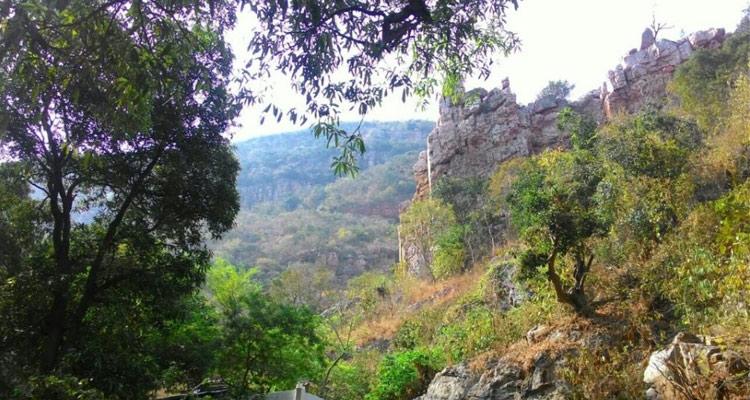 One Day Chennai to Kalhasti Trip by Car Veyilingala Kona Waterfalls
