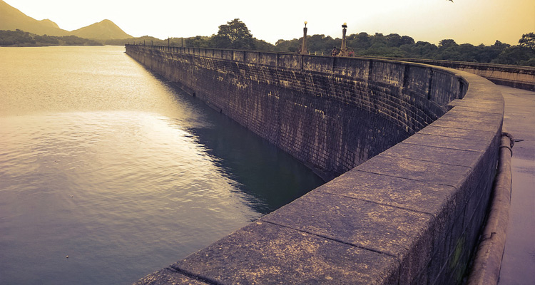 Package Glimpse One Day Coimbatore to Malampuzha and Athirappilly Waterfalls Trip by Car