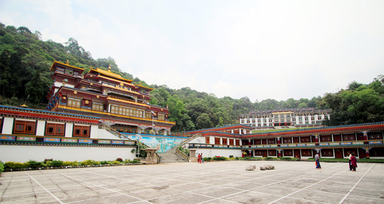 One Day Gangtok Local Sightseeing Trip by Car Rumtek Monastery